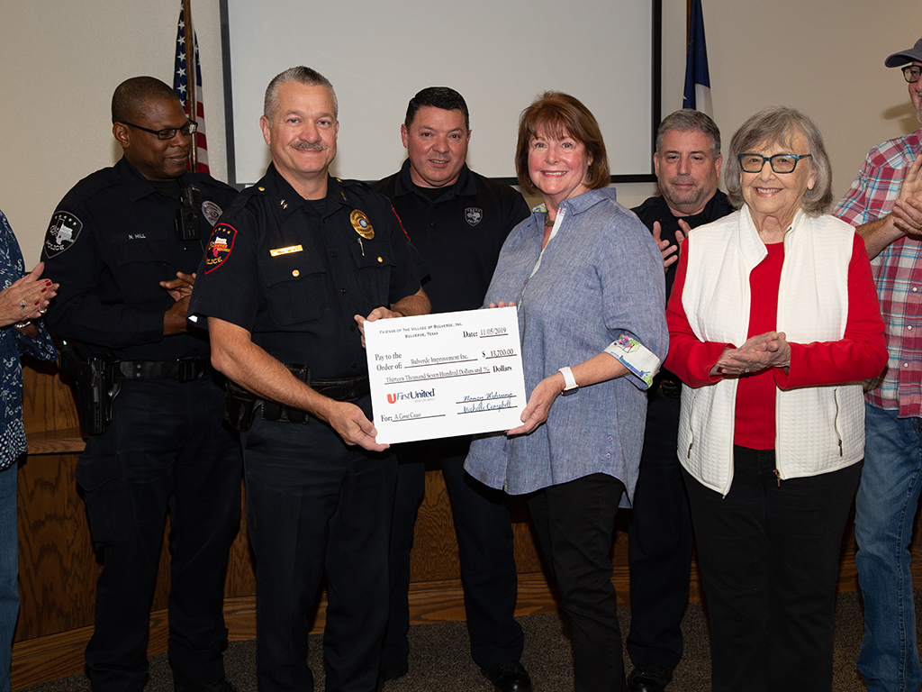 CHECK PRESENTATION 2019 5DM36186 WEB